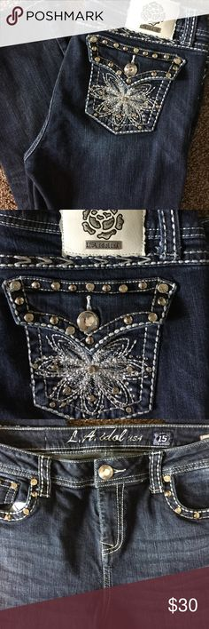 L. A. Idol Cropped Jeans Great jeans in excellent condition. Awesome back pockets with rhinestones everywhere. LA Idol Jeans Ankle & Cropped