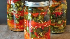 These are so easy and much better than what you can buy in the store: Refrigerator Pickled Hot Peppers - The Creekside Cook Pickling Hot Peppers Recipe, Pickled Pepper Recipe, Pickled Hot Peppers, Hot Pepper Recipes, Jalapeno Recipes, Garlic Dill Pickles, Pickled Garlic, Canning Vegetables, Gooseberry Patch