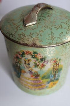 Vintage Murray Allen Green Biscuit Tin Romantic by PeggysTrove