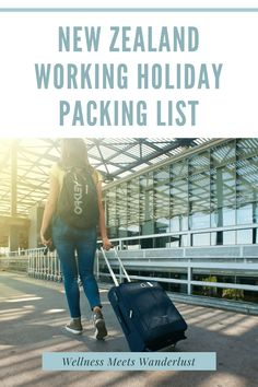 New Zealand Packing List. What I packed for a one year working holiday in New Zealand. Before I left, I planned to work in hospitality, on farms, or maybe even in an office! So, what I brought reflected those expectations. However, plans changed once I got there and I didn't need everything I brought with me. via Wellness Meets Wanderlust New Zealand Holidays, Neuer Job, Working Holidays, Visit Germany, Ulcerative Colitis, Travel Items, New Zealand Travel, Make New Friends, Ultimate Travel