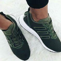 So nice!  #adidas #adidassuperstar #adidasoriginals #green #legergroen #armygreen #kaki #sneakernews #sneakerlove #sneakerholics #sneakerguru #sneaker #sneakers #nike #newbalanceshoes #jordans #yeezy