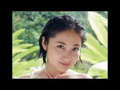 23歳のグラビアアイドル紗綾、44作目のイメージビデオ『Love U~揺れる距離感~』をリリースsaaya
