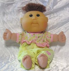 """Cabbage Patch Kids Baby 11"""" Doll With Original CPK Outfit 2006"""