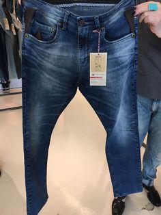 Raw Denim, Denim Jeans Men, Jeans Diesel, Estilo Jeans, Denim Fashion, Iran, Skinny Jeans, How To Wear, Pants