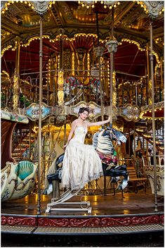 Vintage carousel in Paris on French Wedding Style - Photography © Belle Photo Art