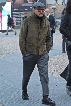Guys apparel wintermensfasion is part of Mens winter fashion - Mens Boots Fashion, Best Mens Fashion, Streetwear, Mens Clothing Styles, Apparel Clothing, Men's Apparel, Menswear, Fashion Design, Men's Fashion