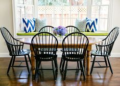 Dining Room. Casual Dining Room. Casual Dining Room Ideas. #DiningRoom #CasualDiningRoom Evars and Anderson Interior Design.