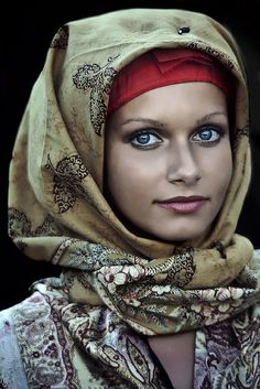 Pure beauty. Notice she doesn't have high cheek-bones or perfect eyebrows, yet she is gorgeous because she knows pain.