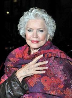 Ellen Burstyn/....Beautiful, aging with grace and style.