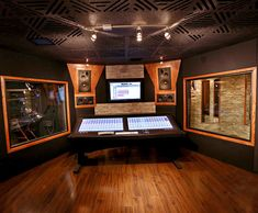 Studio Series interior soundproof glass windows are engineered to be the market's first affordable, high-performing acoustic window. Call to order this system! Music Studio Room, Sound Studio, Studio Setup, Studio Ideas, Music Rooms, Soundproof Windows, Sound Room, Studio Build, Recording Studio Design