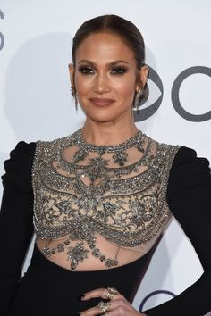 Jennifer Lopez in Reem Acra at 2017 People's Choice Awards in Los Angeles