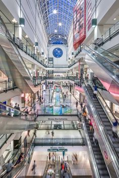 Your guide to the underground city Virée Shopping, Destinations, Underground Cities, Montreal Canada, Quebec City, Urban Planning, Weekend Trips, Guide, Times Square