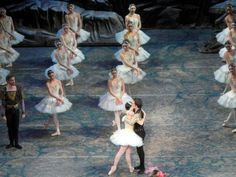 Angel Corella and Paloma Herrera in Swan Lake at ABT http://www.examiner.com/article/changing-of-the-guard-at-american-ballet-theatre