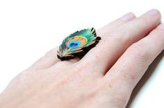 Een persoonlijke favoriet uit mijn Etsy shop https://www.etsy.com/listing/251319035/peacock-ring-wooden-peacock-ring-feather