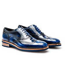 Your own customized luxury blue polished leather men oxford wing brogue shoes, handmade in Italy Design Your Own Shoes, Italian Shoes, Brogues, Leather Men, Oxford Shoes, Dress Shoes, Lace Up, Luxury Shoes, Italian Leather