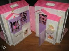 Barbie maison de barbie and ann es 90 on pinterest - Maison de reve barbie ...