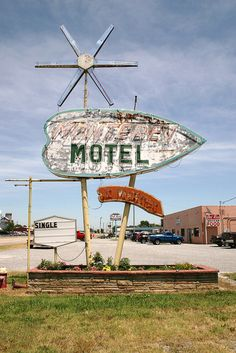 monterey motel neon sign in chouteau | Flickr - Photo Sharing!