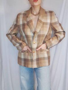 Vintage 80s Clothing, High Collar Shirts, Beige Blazer, 80s Outfit, Double Breasted Jacket, Collar Blouse, Unique Vintage, Vintage Shops, Etsy Shop
