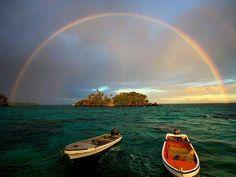 'Vamos conversar como dois velhos que se encontram no fim da caminhada. Foi mesmo nosso março de partida. Palmilhamos juntos a mesma estrada.' Cora Coralina Meu livro de cordel #olhardemahel #coracoralina #davidbirri #photography #poem #taveuni #island #oceanopacífico #rainbow #foto #image #lirismos #arcoiris #photo #escritores #poeta #feelings #mododeolhar #palavra #fpolhares #adoroler #sabedoria #mar #pacific http://ift.tt/27L2wNo