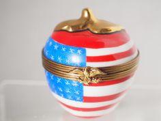 Fine LIMOGES Hand Paint Main Flag Eagle Big Apple NYC Patriotic Trinket Box FC