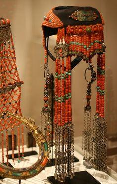 Mongolia Ordos Tribe Married Woman's Headdress and Ear Pendants, c 1900 - Folkloreschmuck Mongolia, Walmart Jewelry, Tribal Fusion, Folk Costume, Fairy Costumes, Cremation Jewelry, Married Woman, Tribal Jewelry, Beaded Jewelry