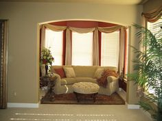 contrasting wall colors | Master Sitting Area with contrasting color - Color Consultation