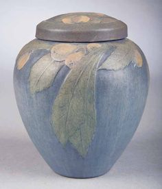 newcomb pottery | 0182: Rare Newcomb College Art Pottery Matte Glaze Lidd