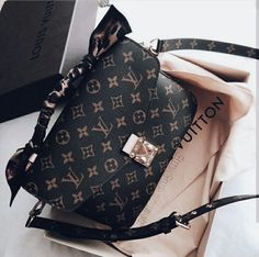 2018 New Louis Vuitton Handbags Collection for Women Fashion.- 2018 New Louis Vuitton Handbags Collection for Women Fashion Bags Must have it - Cheap Purses, Cheap Handbags, Cute Purses, Purses And Handbags, Popular Handbags, Cheap Bags, Tote Handbags, Gucci Handbags, Handbags Online