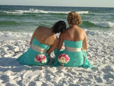 A pair of bridesmaids share a moment on the beach. This was a lovely intimate wedding on the beach in Destin, Florida. Brides And Bridesmaids, Beach Bridesmaids, Beach Wedding Inspiration, Wedding Ideas, Sister Poses, Pink And White Flowers, Wedding Attire, White Bouquets, Wedding Pictures