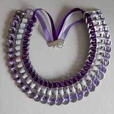 """Collier satiné violet mauve et blanc """"capsules de canette""""                                                                                                                                                                                 Plus"""