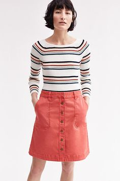 i wish this skirt came in navy -- i've got a button-front skirt that needs replacing