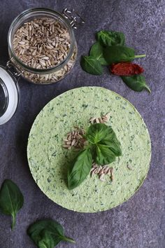 Raw Spinach Cheesecake with Sundried Tomato and Sunflower Seed Crust (grain-free & vegan) - Nirvana Cakery