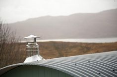 A small hut on the Isle of Skye in Scotland. Shepherds Hut Holidays, English Estates, Tiny House Swoon, Outside World, Double Beds, Dog Friends, Curb Appeal, Live, Street