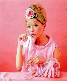 Pattie Boyd - Space age plastics and metallics, mod looks in b&w or vivid colors, sexy minis & boots. Girls in the could choose between so many strong, statement looks, but sweet pink never went out of style. 1960s Fashion, Pink Fashion, Vintage Fashion, Vintage Style, Vintage Pink, Classic Fashion, Vintage Tea, Vintage Colors, Fashion Spring