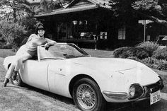 10 Best James Bond Cars 7. Toyota 2000GT Roadster in You Only Live Twice: Akiko Wakabayashi posing with the one-off 2000GT Roadster.
