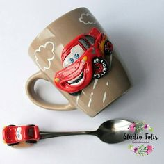Polymer Clay Dolls, Polymer Clay Projects, Polymer Clay Jewelry, Cute Mug, Clay Cup, Biscuit, Paper Mache Crafts, Clay Design, Sculpture Clay