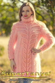 Designer cable knit dress hand knitted sweater dress fluffy thick sweater dress by SuperTanya Mohair Cardigan, Knit Sweater Dress, Sweater Outfits, Thick Sweaters, Hand Knitted Sweaters, Gros Pull Mohair, Fluffy Sweater, Blazer, Pullover