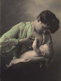 Breast Feeding Art