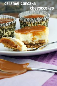 Cute little caramel cupcake cheesecakes - perfect for entertaining!