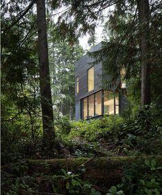 Little House de MW Works Architecture + Design en Seabeck, Washington Minimalist House Design, Tiny House Design, Organic Architecture, Architecture Design, Contemporary Architecture, Green Architecture, Residential Architecture, Patio Grande, Compact House
