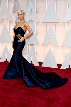 Rita Ora arrives to the Oscars in Marchesa. See all the best red carpet arrivals here: