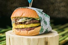 Aloha Burger at Three Dots and a Dash  #LettuceEntertainYou #LettuceEats #ThreeDotsandaDash #Chicago #Tiki #SmokedHam #Pineapple #PekingDuckWraps #GreenPapaya #NationalBurgerMonth
