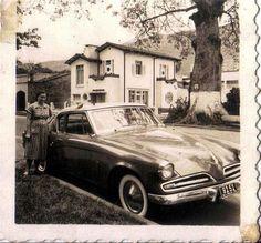 Colegio SAN LUIS: Aixamar López FOTOS ANTIGUAS SANTIAGO DE CALI Spanish Pronunciation, Westerns, City, Bella, Geography, St Louis, Old Pictures, Blue Prints, Vintage Cars