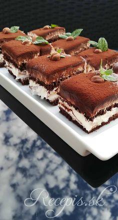 Mascarpone rezy s nutellou – Recepis. Cookie Desserts, Sweet Desserts, Sweet Recipes, Cake Recipes, Angel Food Cupcakes, Cupcake Cakes, Nutella, Kolaci I Torte, Tasty Videos