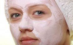 Tο ελαιόλαδο είναι μια από αυτές τις μαγικές ουσίες που είναι καλή σχεδόν για τα πάντα, τη διατροφή, το δέρμα, τα χέρια και τα νύχια, αλλά και για τα μαλλιά.Η συγκεκριμένη κρέμα νυκτός θα κάνει το δέρμα Make Beauty, Beauty Shop, Lip Makeup, Home Remedies, Beauty Hacks, Make Up, Face, Tips, Blog