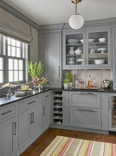 Nice 52 cozy color kitchen cabinet decor ideas black kitchen countertops, g Black Kitchen Countertops, Kitchen Cabinets Decor, Kitchen Cabinet Colors, Grey Cabinets, Cabinet Decor, Painting Kitchen Cabinets, Kitchen Colors, Cabinet Ideas, Cabinet Makeover