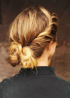 6 New Year's Eve Hairstyles Designed to Last Way Past Midnight via @ByrdieBeautyAU