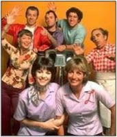 Childhood Memory Keeper: Retro Pop Culture from the 1960s, 1970s and 1980s: Laverne & Shirley