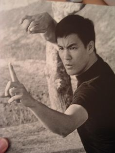 Bruce Lee once he discover western boxing methods and the scientific form of… Kung Fu, Jeet Kune Do, Bruce Lee Quotes, Brandon Lee, Enter The Dragon, Wing Chun, Martial Artists, Cinema, Action Film