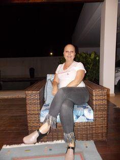 """♥ Campanha """"A FÉ me Curou"""" Karina Elisa conta sua história de superação e alerta para a Prevenção do Câncer de Mama ♥ BR ♥  http://paulabarrozo.blogspot.ch/2017/10/campanha-fe-me-curou-karina-elisa-conta.html"""